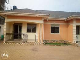 Executive two bedroom house is available for rent in kyaliwajala.