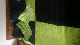 Queen size (black and bright green