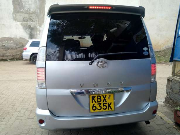 Toyota voxy for sale South C - image 3