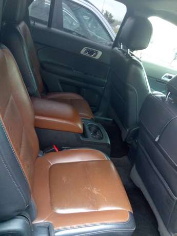 Reg 014 Ford Explorer Limited Edition Lagos - image 4
