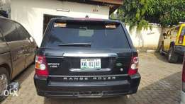 Rangrover very clean and sound full option