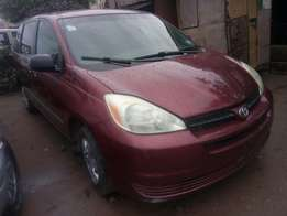 Few months registered Toyota Sienna 2004