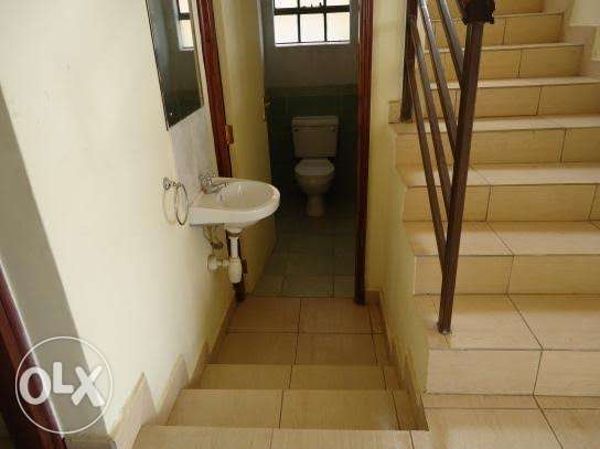 Mombasa rd 4 br all ensuite for sale- Syokimau - image 5