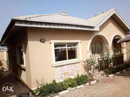 Tastefully finished 2 bedrooms apartment at NNPC area,Apata