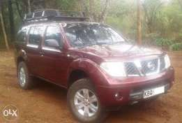 2007 Nissan Pathfinder, manual 2.5L turbo diesel Dci SE,good condition