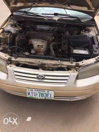 Toyota Camry Tiny Light for sale Mushin - image 5