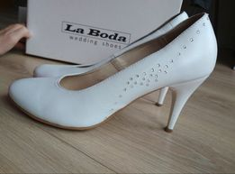 deb633b4 Buty ślubne skóra naturalna La Boda Białe 39