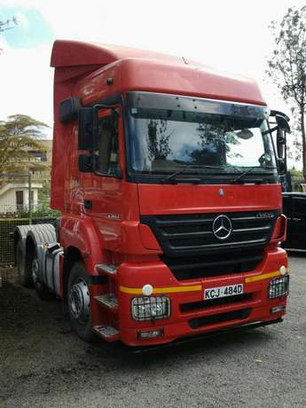 Mercedez Actross Westlands - image 2