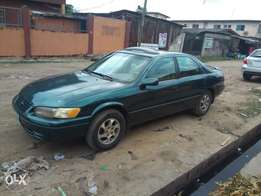 Reg 1999 Camry With Leather Seats