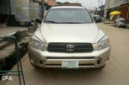 Toyota rav4 locally used 2006model for Sale