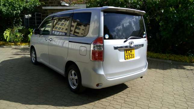 Fully loaded Toyota Noah Dagoretti - image 2