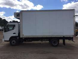 2010 Mitsubishi FE180 Refrigerated Box Truck