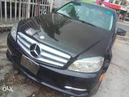 neatly used c300 benz 2010, thumbstart
