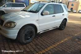 Good condition Mercedes Benz ML 320 for sale