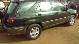 Lexus RX (2000) very clean