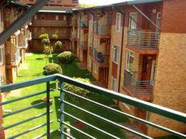 1 Bedroom Apartment in Auckland Park R 3 800 C135 Laborie Village, 1A