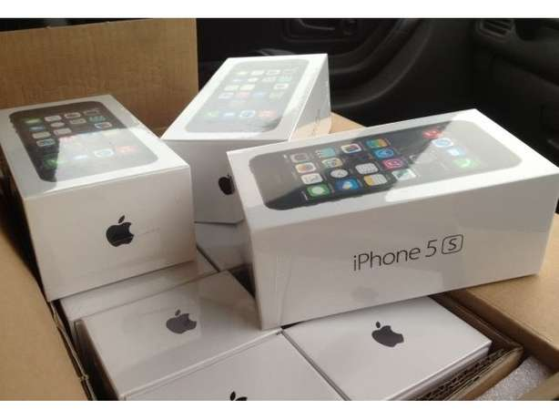 Apple iPhone 5s fresh and sealed in box from uk Accra Metropolitan - image 1