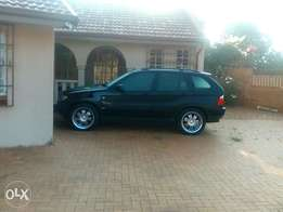 X5 v8 beast to swop or sell R90.000 highly neg