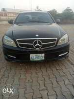 Neat C300 upgraded to 2012 V6, very thing intact