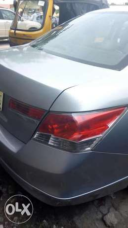 2011 Clean registered Honda Accord with leather seats available 2.3M Obalende - image 6