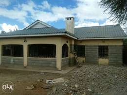 Four bedroom to let own compound in syokimau