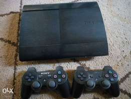 Play Station 3 + 1 game pad