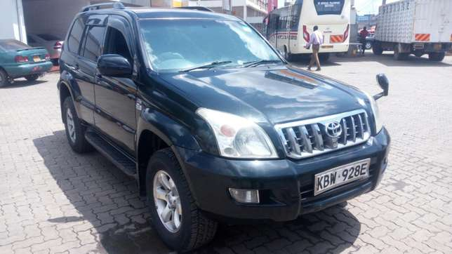 Toyota Landcruiser Ltd 120 series diesel kes 1.5m negotiable Nairobi CBD - image 1