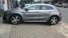2015 Mercedes- Benz GLA 200 for sale at R400000