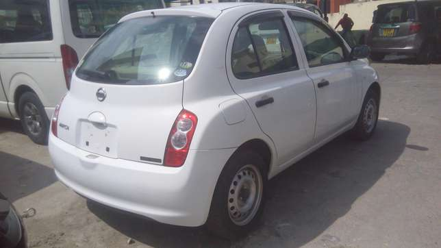 Very clean Nissan March On Sale Mombasa Island - image 2