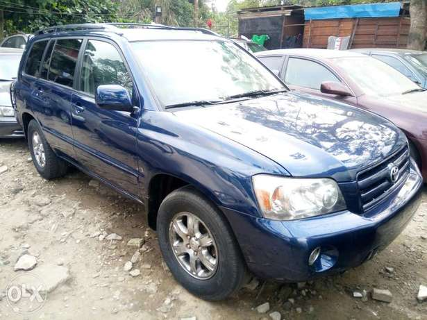Fairly Used 2005 Toyota Highlander Leather For N1.9M Festac Town - image 1