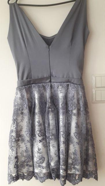 b483101dd8 Sukienka rozkloszowana