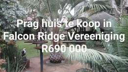 Bargain only R690 000 for 500m2 of building. Don't delay. Urgent sell.