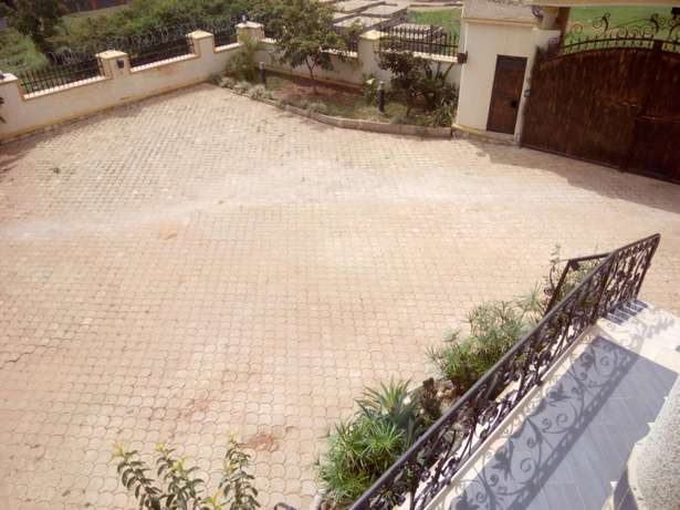 Good quality Pavers at affordable rates ,try us today for quality Mukono - image 7
