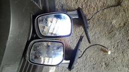 Toyota Corolla/Runxcomplete electric side mirrors for sale!!