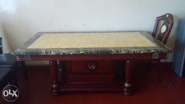 6 seater mahogany dinning,table top made of marble stone Dagoretti - image 2