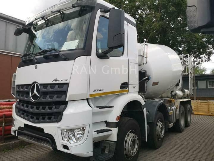 Mercedes-Benz Arocs 3240 Putzmeister 9m3 - 2014