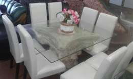 Danningroom table with 8 Chairs