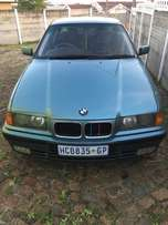 beautiful BMW 320i for sale!!!