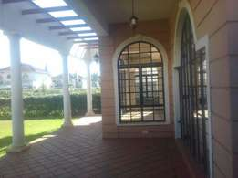 Available Specious 4 Bedroom All Ensuite Plus Sq For Rent
