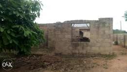 Uncompleted 2bedroom flat for sale