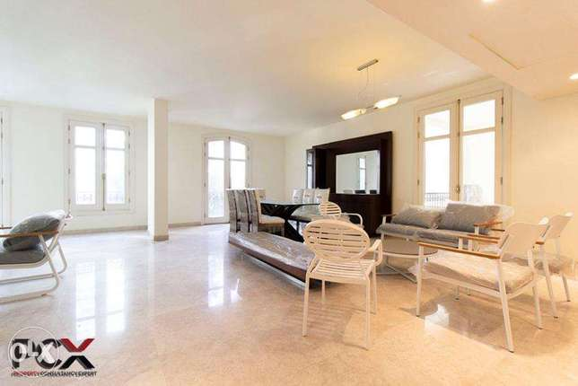 Furnished Apartment with Common Pool!
