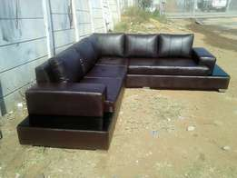 Contina couch