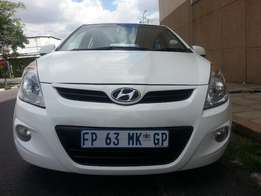 Here 2011 Hyundai i20 1.6 GLS ,Excellent Condition,Full House