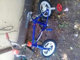 Small kids bicycle in good condition,only seat is a bit damage on the