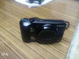 U.S Used Sony DSC-H90 Digital Camera