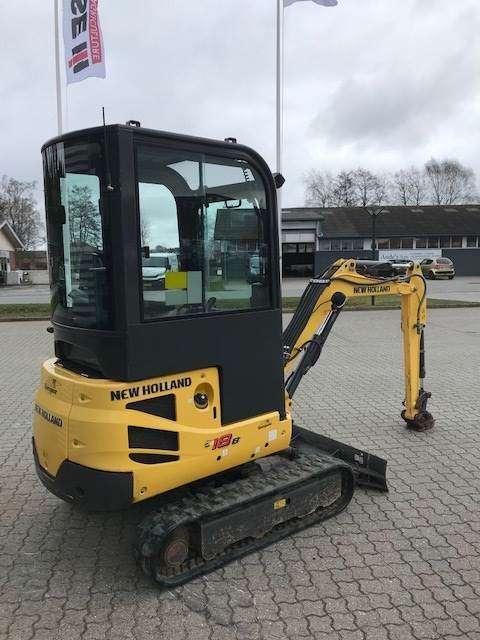 New Holland E18 Minigraver - 2014 - image 4