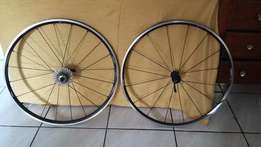 Shimano RS wheels
