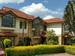 For sale,Runda 5 bedroomensuite with family room plus sq on half acre