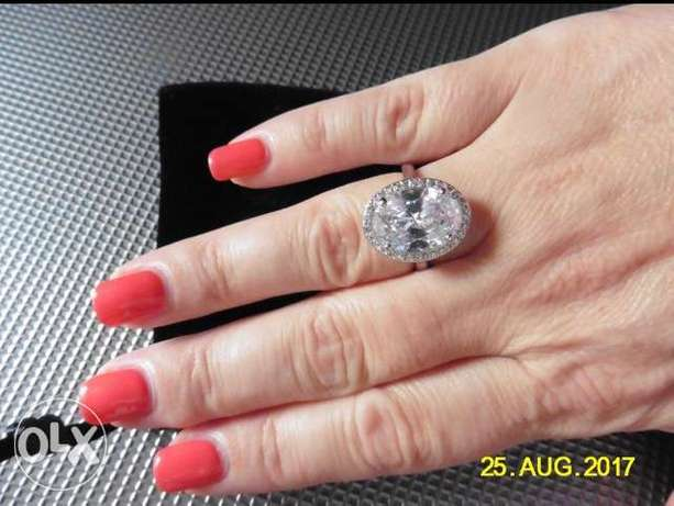 Gorgeous White Gold Plated Engagement Ring Port Harcourt - image 1