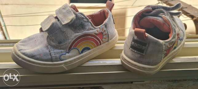Girls shoes-mint condition-size US7